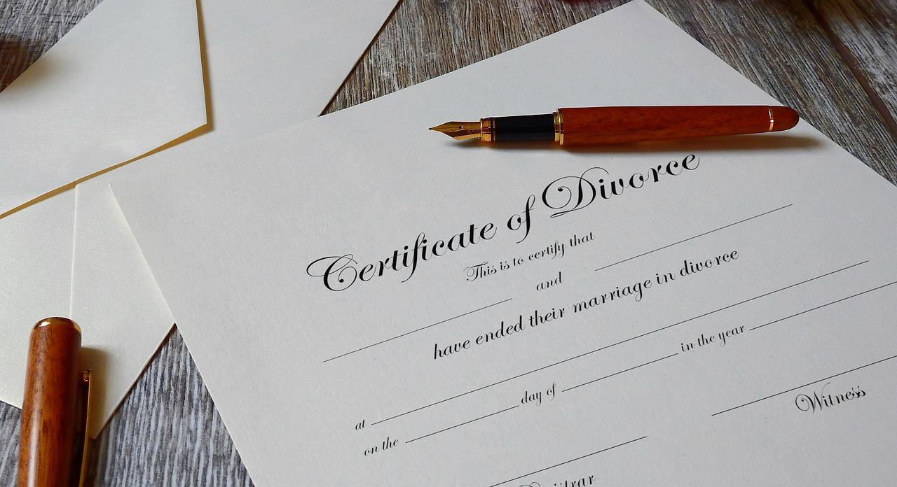 Co powinien zawierać pozew o rozwód?